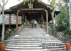 Popa Mountain Resort is a romantic stay for sweethearts. Asiahomes.com