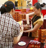 Highest moon cakes quality is very important to catch repeat buyers. Toa Payoh Vets