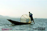 inle lake fisherman paddles, myanmar, designtravelpl.com tour travel agent